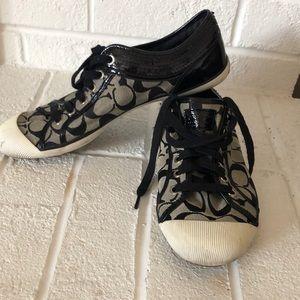 Size 10 Coach Zorra Fashion Sneakers